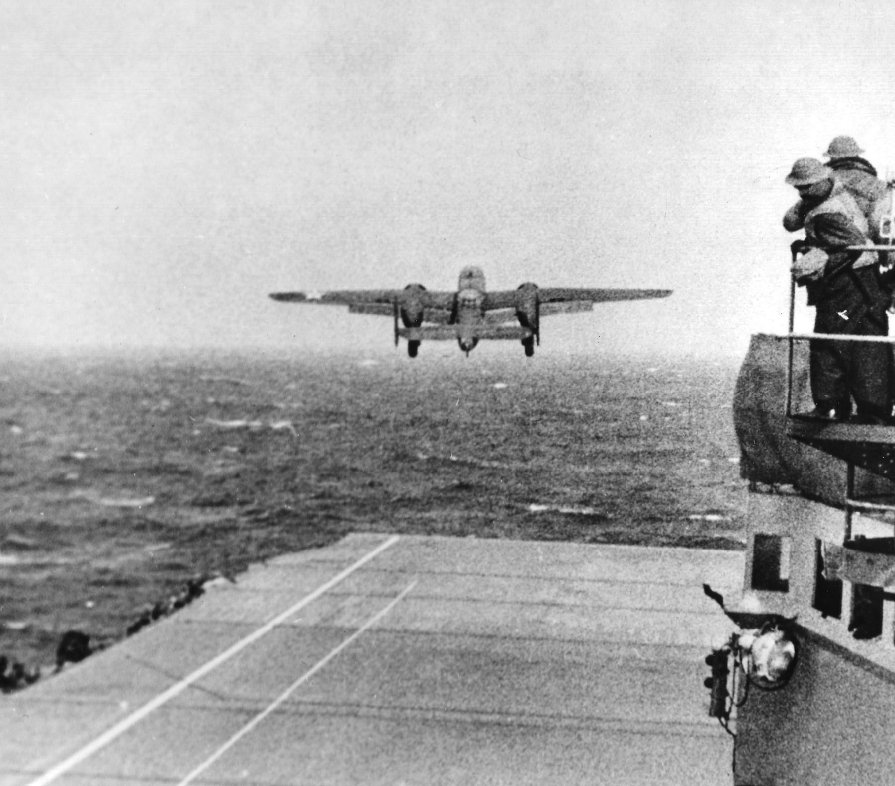 Doolittle Raid, Mitchell Leaving Deck