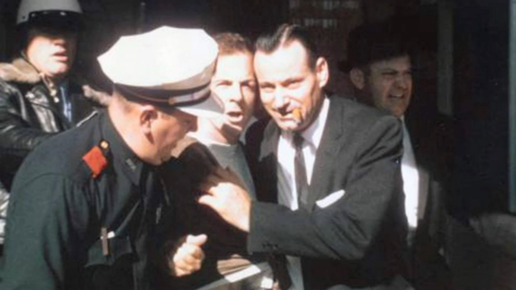 JFK - Oswald With Cops