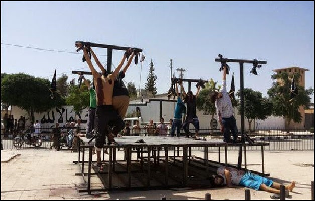 ISIS - Christians Crucified
