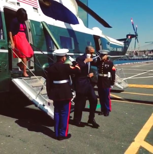Obama Disrespectful Salute to Marines