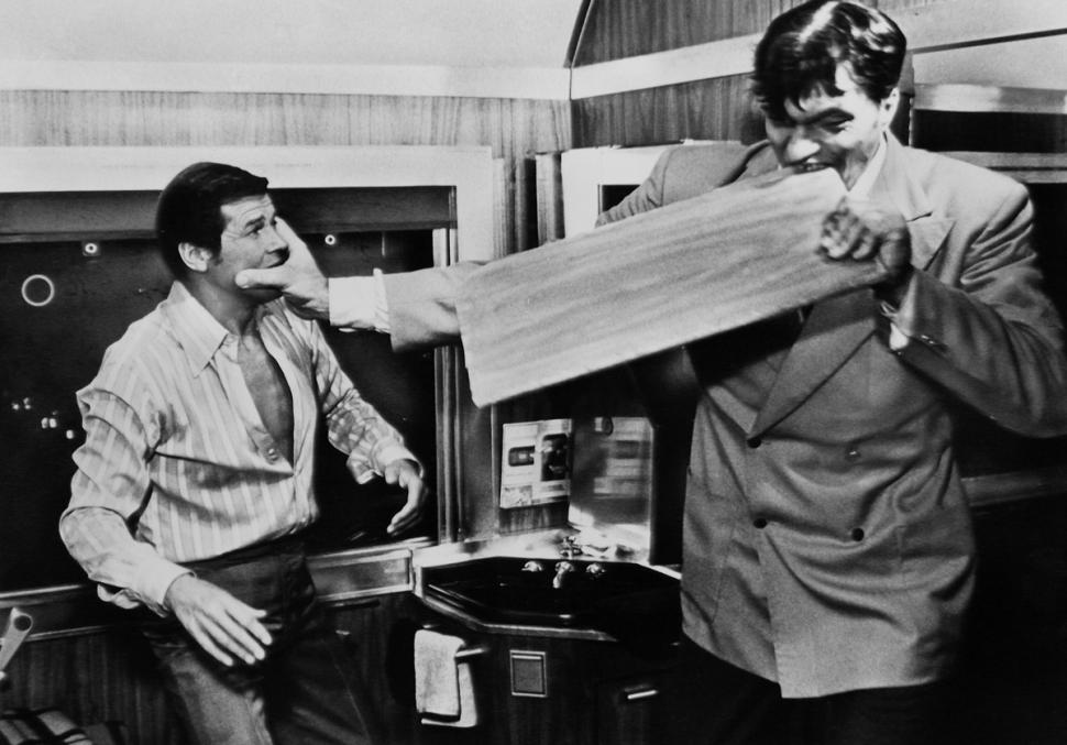 Richard Kiel As Jaws With Roger Moore
