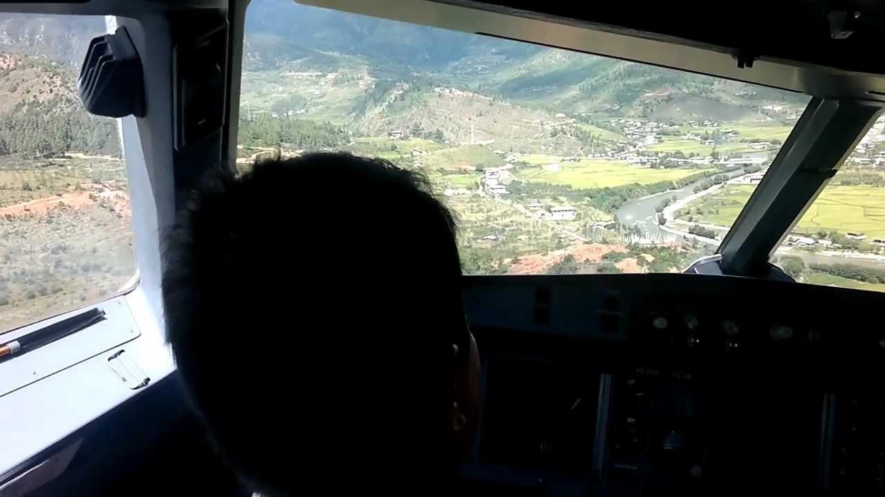 Paro Bhutan Airport Landing, Cockpit Interior
