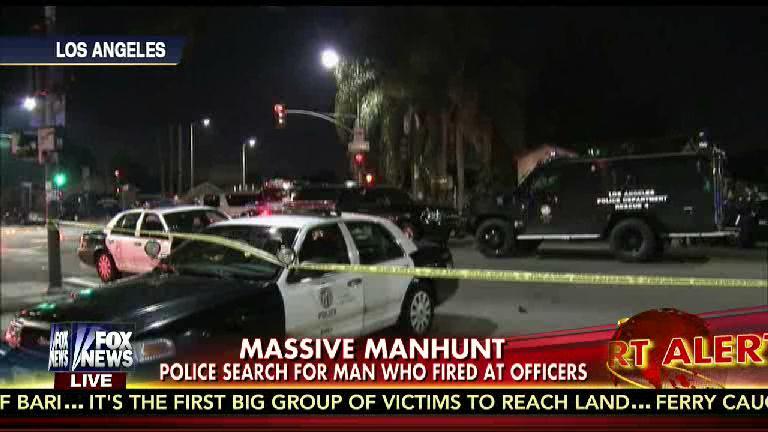 LAPD - Suspect Fires On Cops