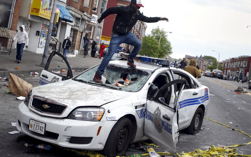 Baltimore Cop Car Smashed
