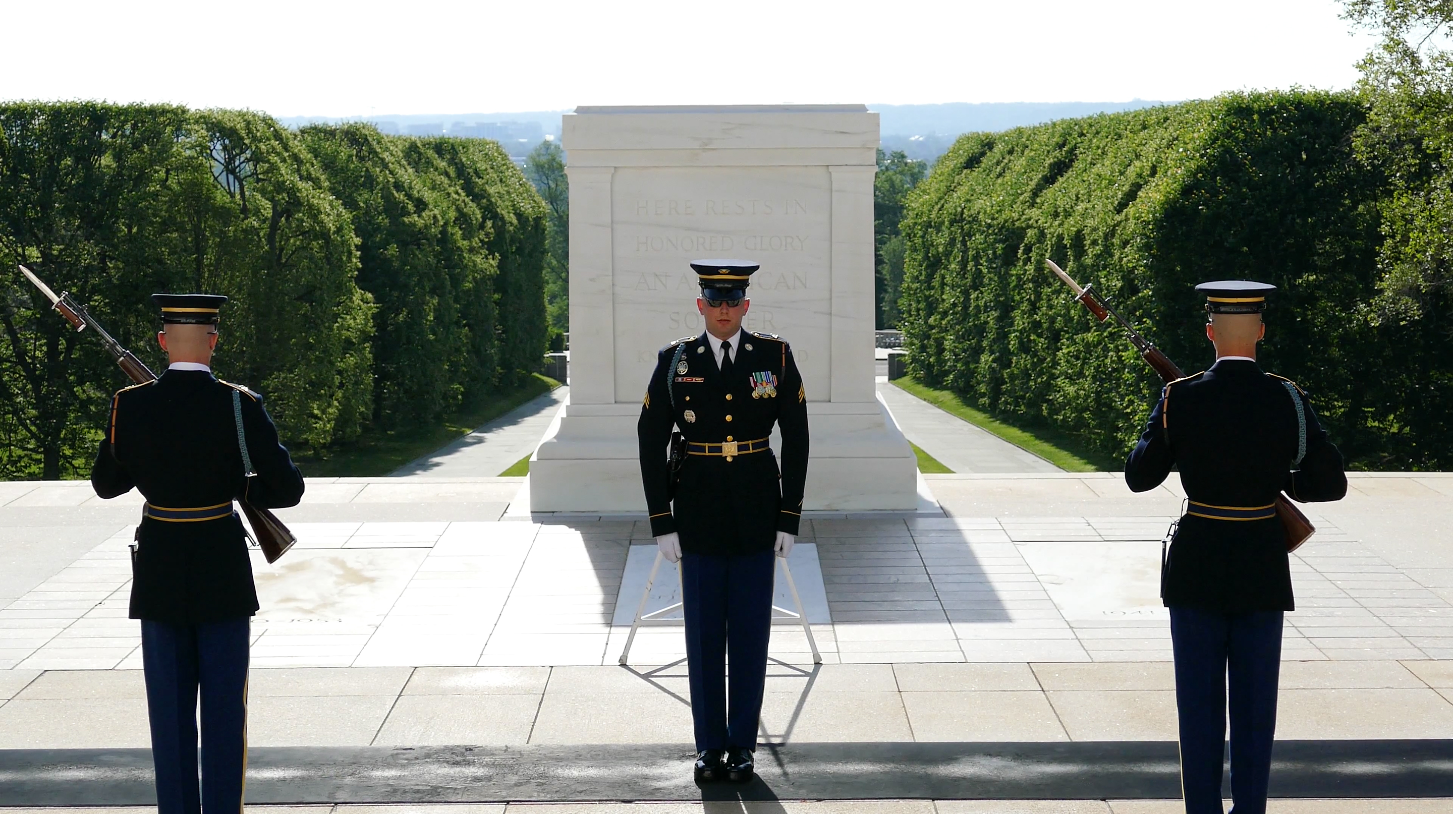 Tomb of the Unknown 3 Soldiers